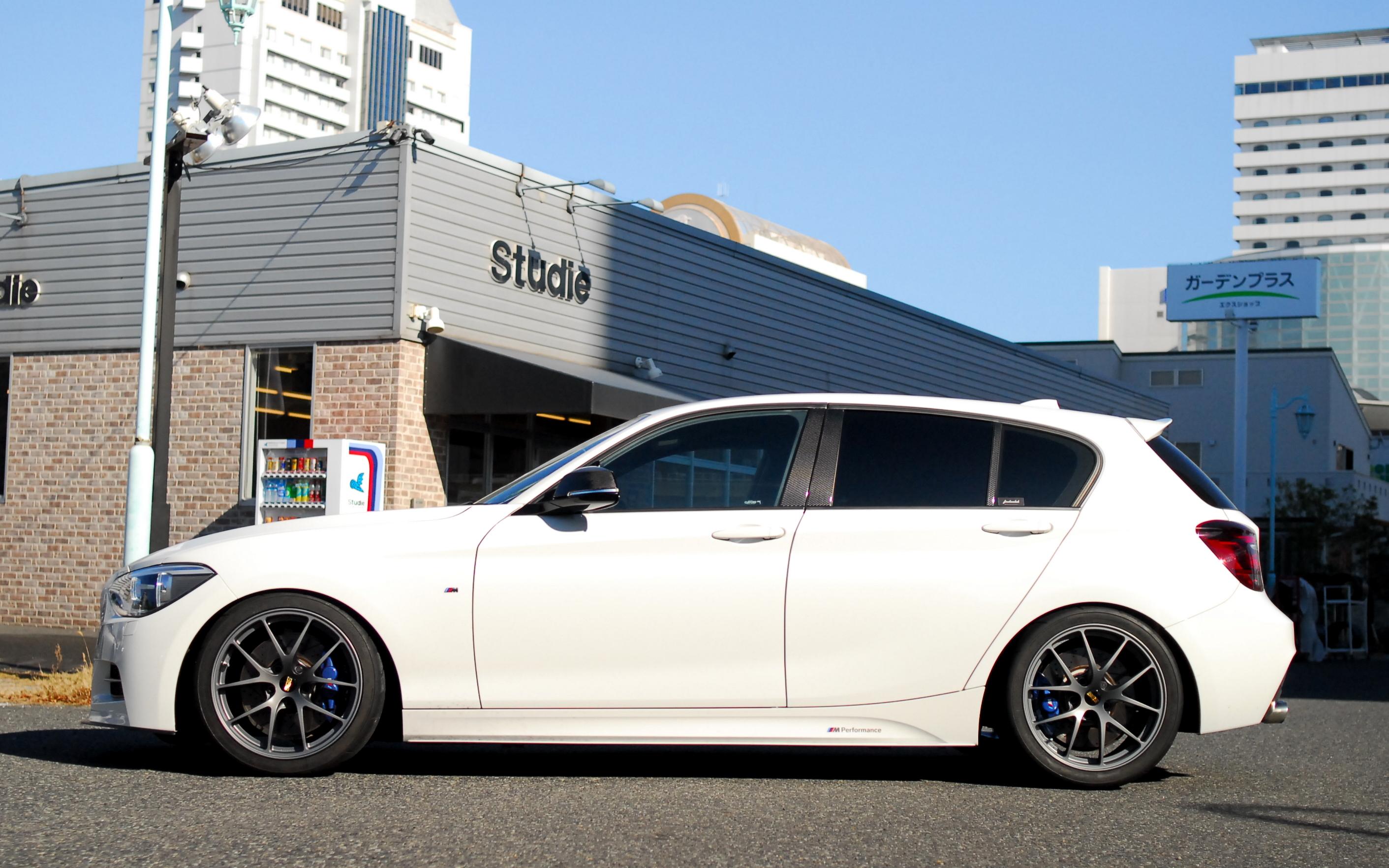 神戸店遠藤ブログ!BMW専門店Studie(スタディ)では、BMW全てのシリーズのカスタマイズ、ドレスアップ、車検、点検、オイル交換、タイヤ交換、BMWに関わる事はなんでもご利用頂けるBMW専門ショップです。