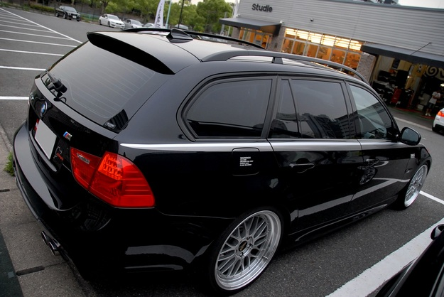 E91 Lci BMW PERFORMANCE BBS LM.JPG