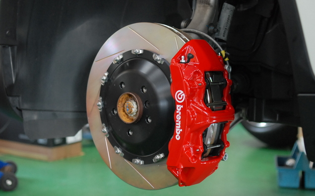 brembo X6 35i Fr 6Pot 405mm.JPG