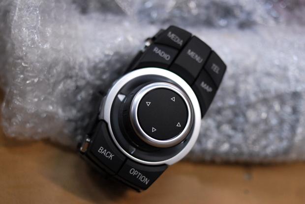 E92 M3 CIC iDrive コントローラー 交換 後期 (3).JPG