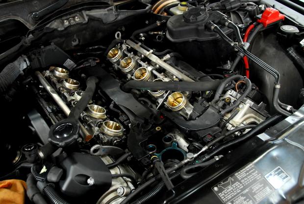 E60 M5 V10 S85B50A サーモスタッド 交換 (2).JPG
