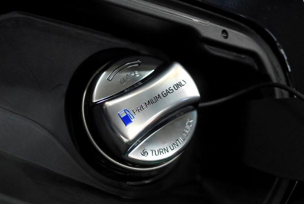 Core OBJ フューエルキャップカバー BMW (1).JPG
