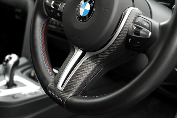 M Performance Carbon ステアリングカバー M2 M4 (2).JPG