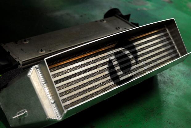 DINAN インタークーラー E82 135 N54 (2).JPG