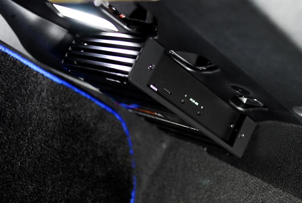 MATCH サウンドプロセッサーアンプ DSP BMW F30 (3).JPG