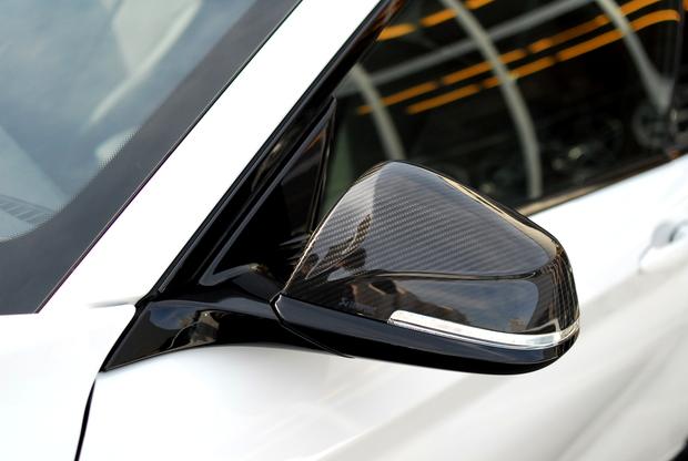 AKRAPOVIC Dry Carbonミラーカバー BMW (6).JPG