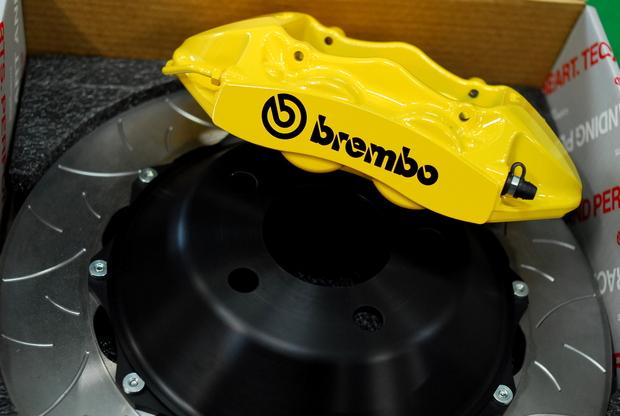 F15 X5 35d brembo Studie (5).JPG