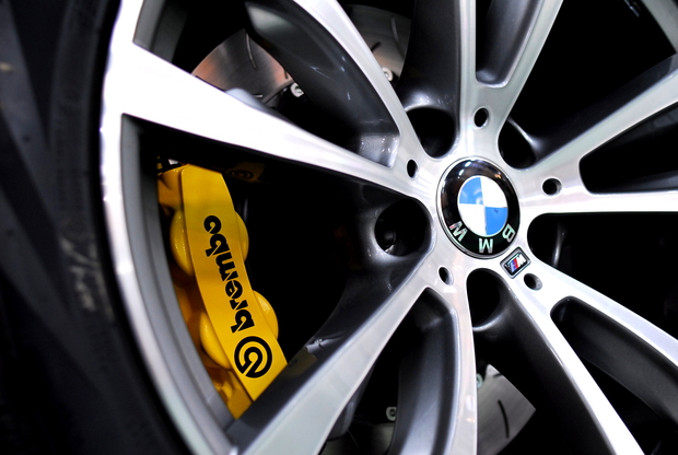 F15 X5 BMW brembo Yellow (3).JPG