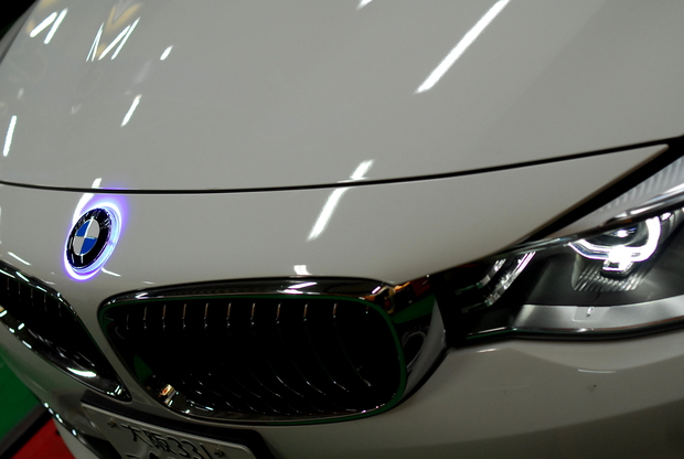 SEM LED エンブレム BMW F34 GT (1).JPG