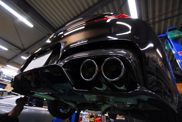 F13 640 N55 3D Design Carbon (3).JPG