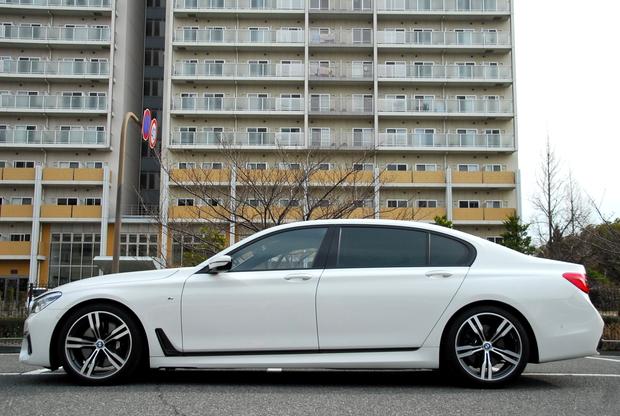 BMW G12 750Li エアサス ローダウン  (1).JPG