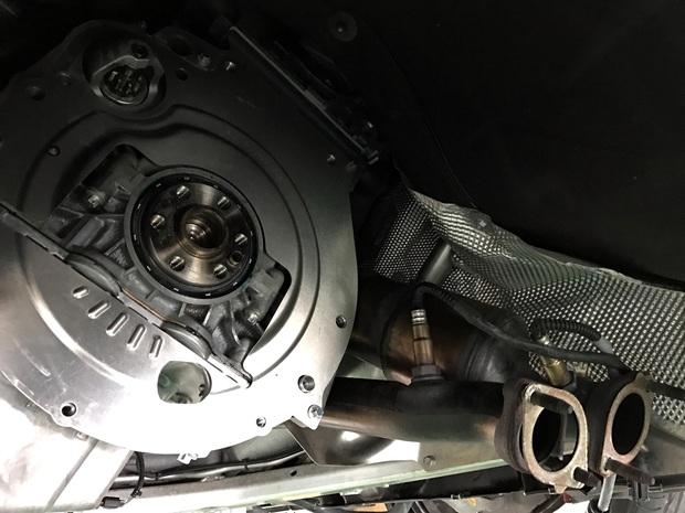 BMW N52 N54 クランクシャフトシール (4).JPG