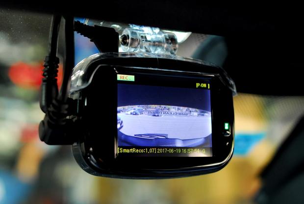 BREX BCC510 ドライブレコーダー Smart Reco 駐車監視 リアカメラ (3).JPG
