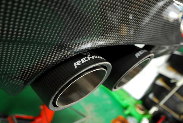 REMUS E90 335i Carbonテール (2).JPG