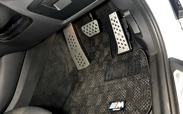 G01 New BMW X3 3D Design ペダル (2).JPG
