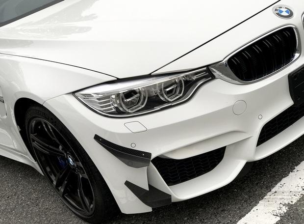 BMW M4 GT4 カナード ブレーキダクト (1).JPG