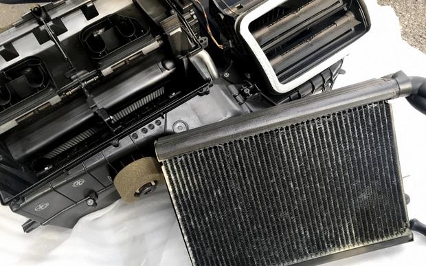 E90 エバポレーター (3).JPG