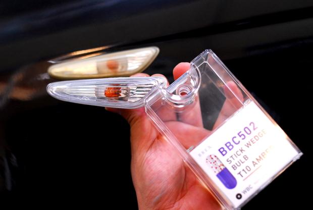 E46 ヘットライトレンズ LED RING  (6).JPG