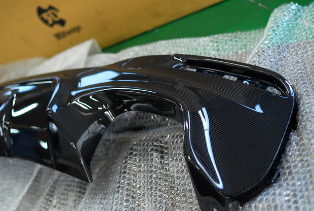 3D Design G30 Carbon ディフューザー (2).JPG