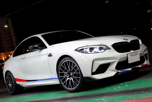 M2 Competition M PERFORMANCE  (1).JPG