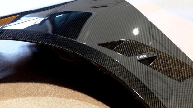 BMW M PERFORMANCE Carbon フェンダー F87 M2 (1).jpg