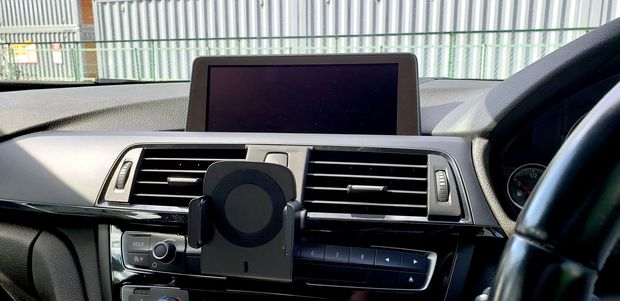BREX OneAction-Charger BMW (1).jpg