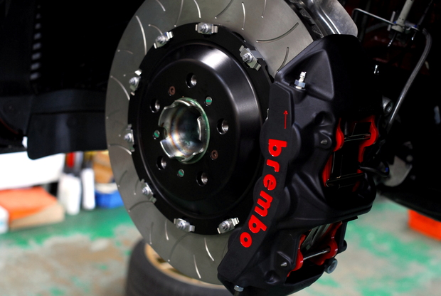 F87 M2 Competition brembo GT-S Studie (4).JPG