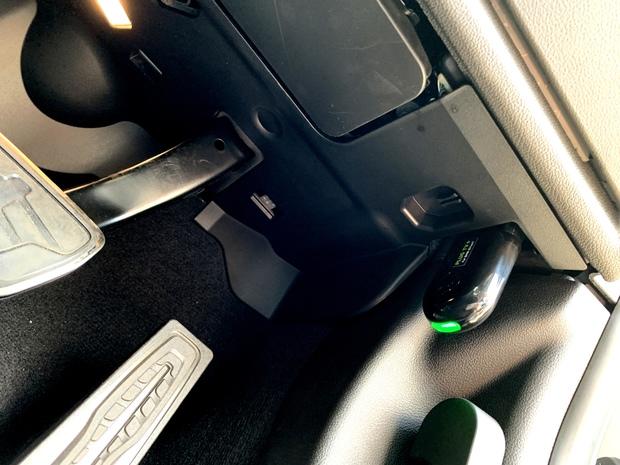 PLUG TV+ BMW G20 iDrive7 (2).JPG